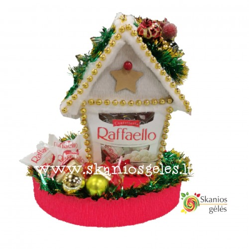 Kalėdinis namelis iš saldainių