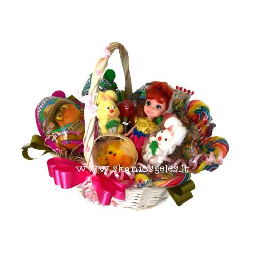Visi drauge, visi kartu dovanų krepšelis iš saldainių