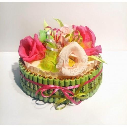 Saldūs jausmai - tortas iš saldainių