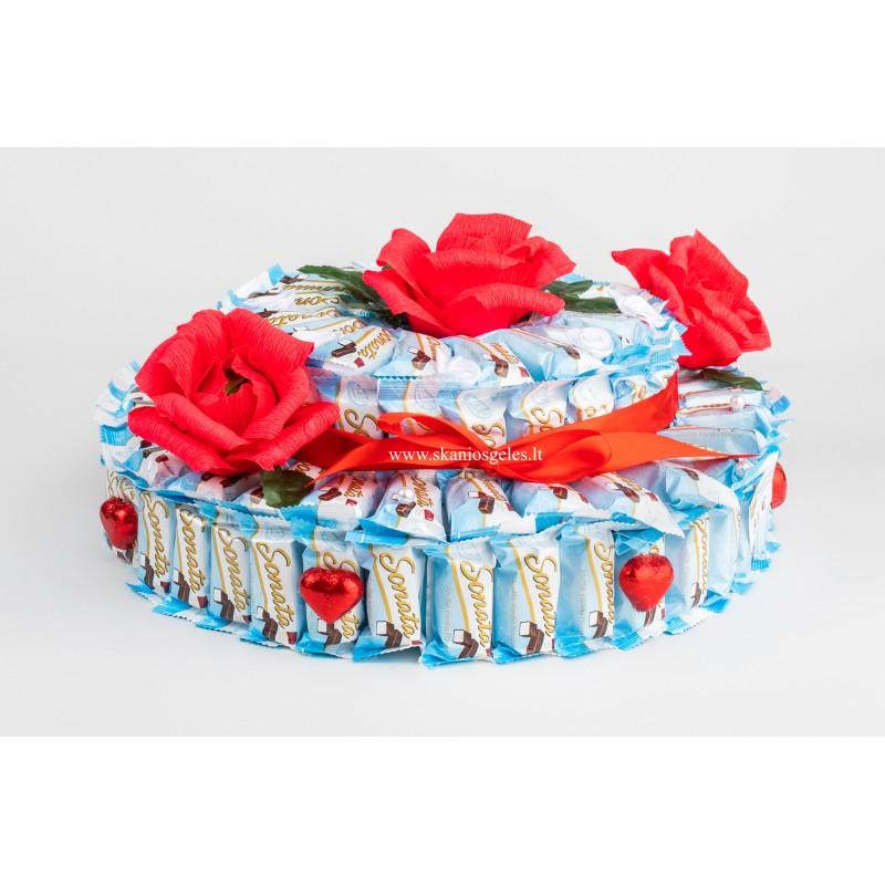 Sonata - tortas iš saldainių Skanios gėlės