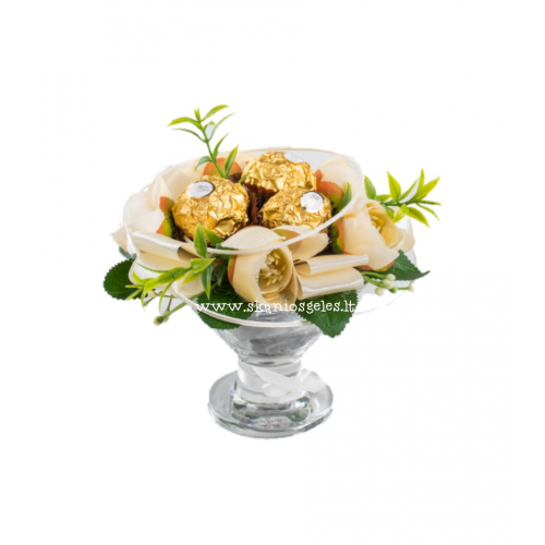 Riešutukas 1 - puokštė iš saldainių Skanios gėlės